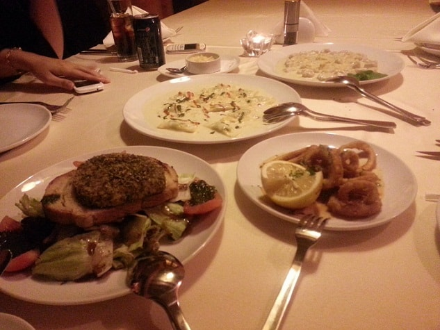 مطعم جولياز