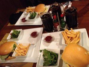 مطعم دوك برجر الرياض