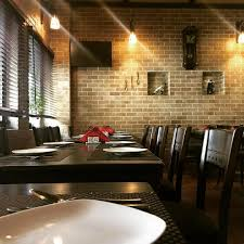مطعم وكافيه بيسترو