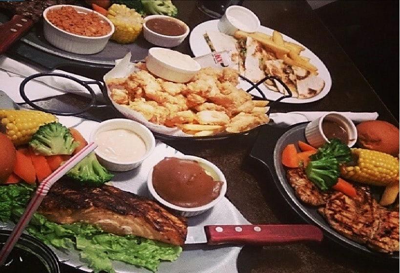 مطعم ستيكي الرياض