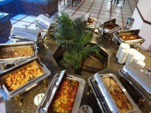 مطعم فندق قصر السحاب