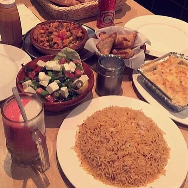 مطعم قصر المضياف أبها والخميس