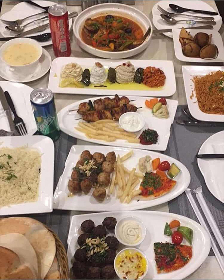 مطعم قصر شيزر أبها والخميس