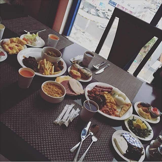 مطعم فندق قصر السحاب أبها والخميس