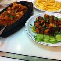 مطعم بهار حار المدينة