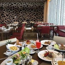 مطعم امبرز الرياض