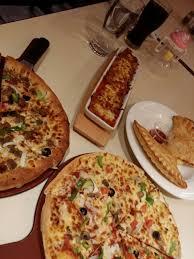 مطعم بيتزا إن أبها والخميس