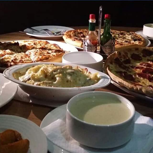 مطعم بيتزاريا فى أبها والخميس