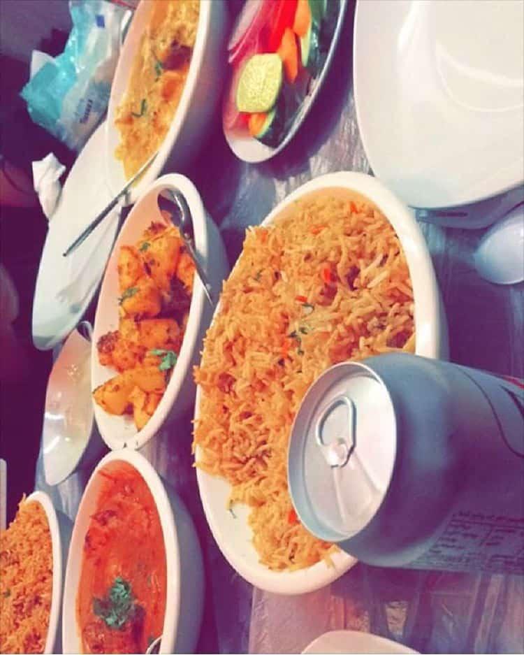 مطعم التاج الهندي أبها والخميس