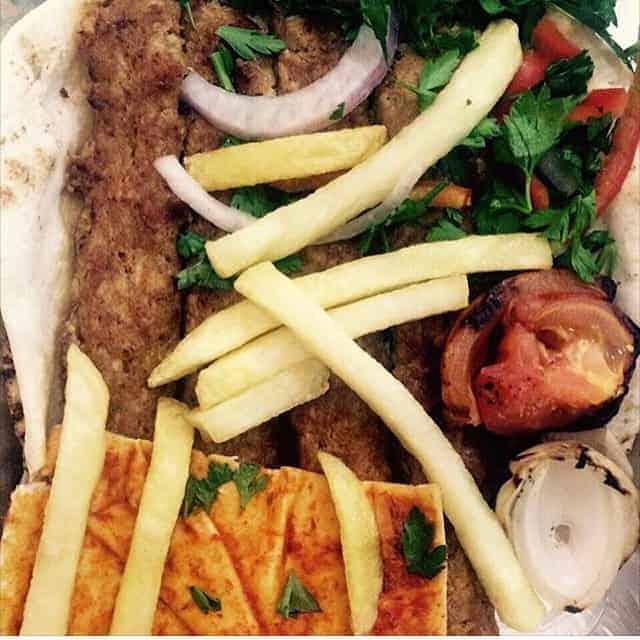 مطعم مشاوي بوابه دمشق أبها والخميس