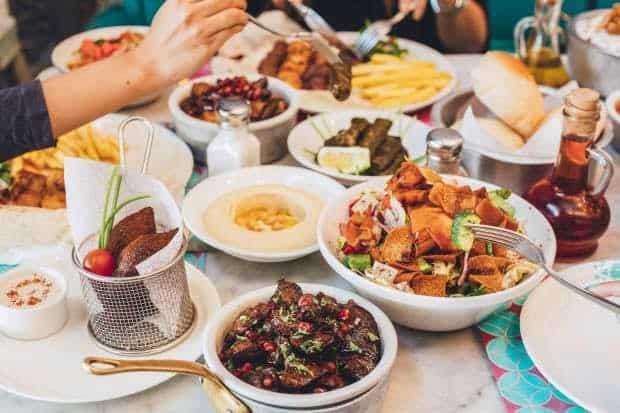 مطعم الريف اللبناني في الرياض