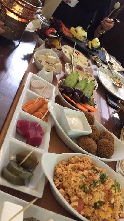 اطباق مطعم بوبلارس صالون