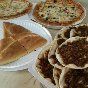 مطعم معجنات لبنان في المدينة