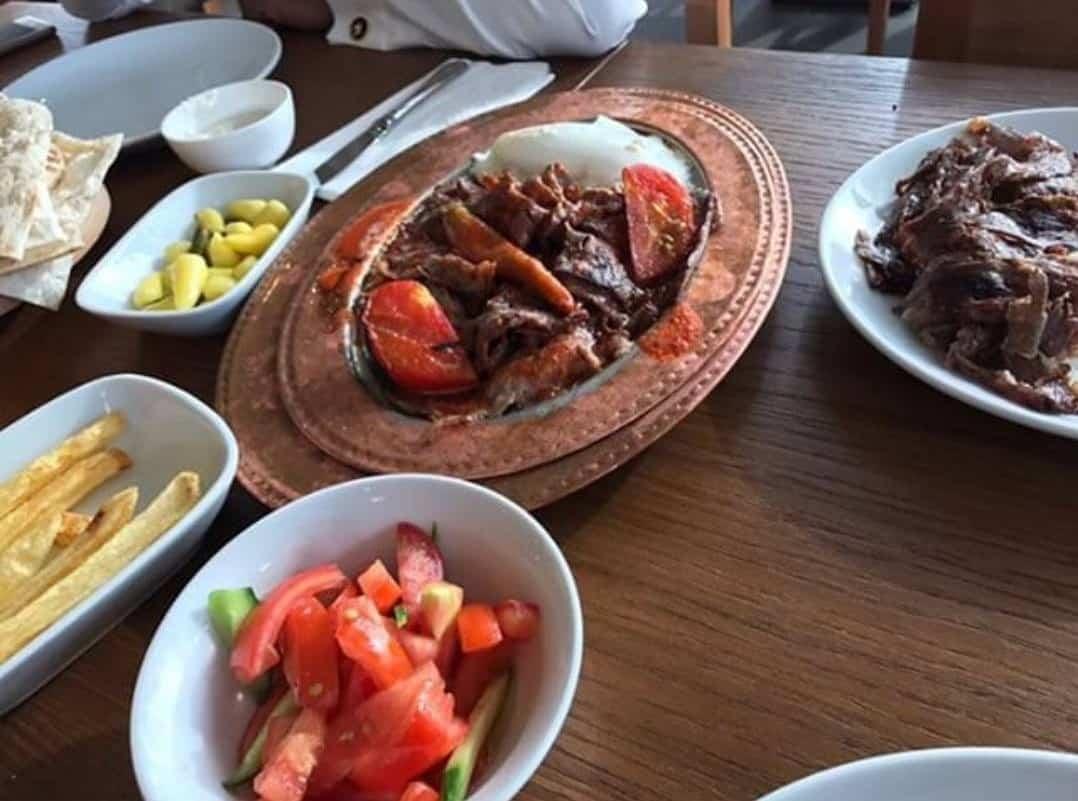 مطعم إنفس دونر التركي في جدة