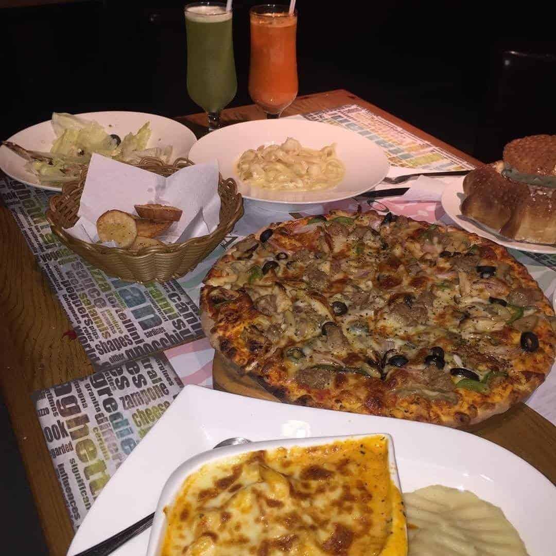 مطعم كورتيجانو في جدة