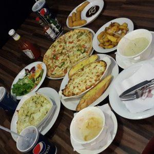 مطعم البتزيريا