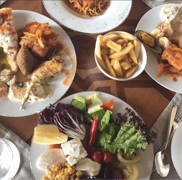 مطعم النافورة في جدة