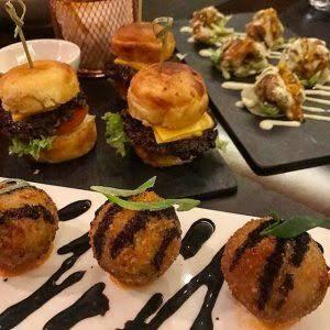 مطعم مونيز في الرياض