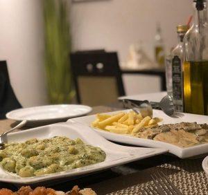 أطباق أوليفيتو الخبر