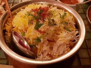 مطعم الريف الهندي في الرياض