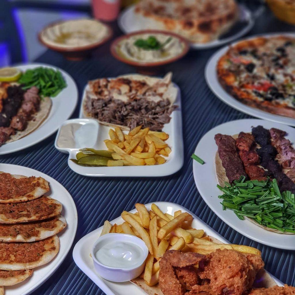 مطعم سيخ الشوا