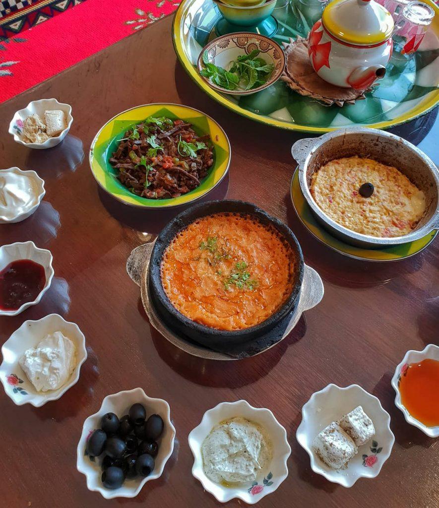 مطعم قرية بو حريف