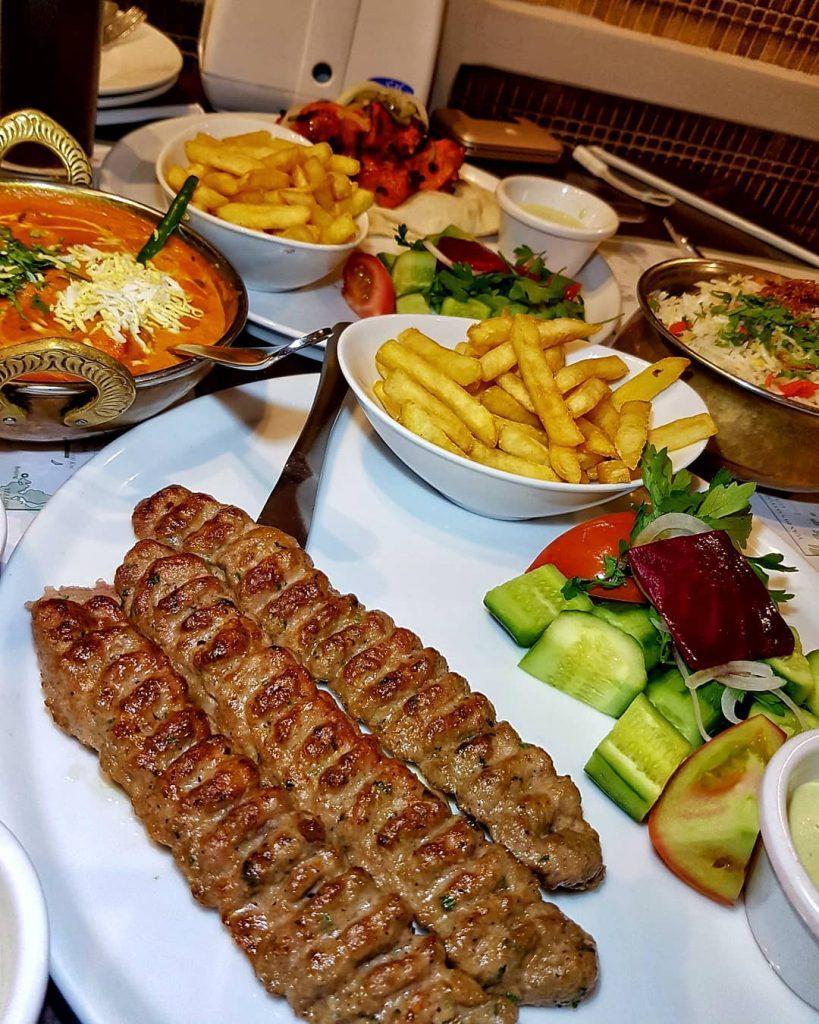 مطعم بيت التنور