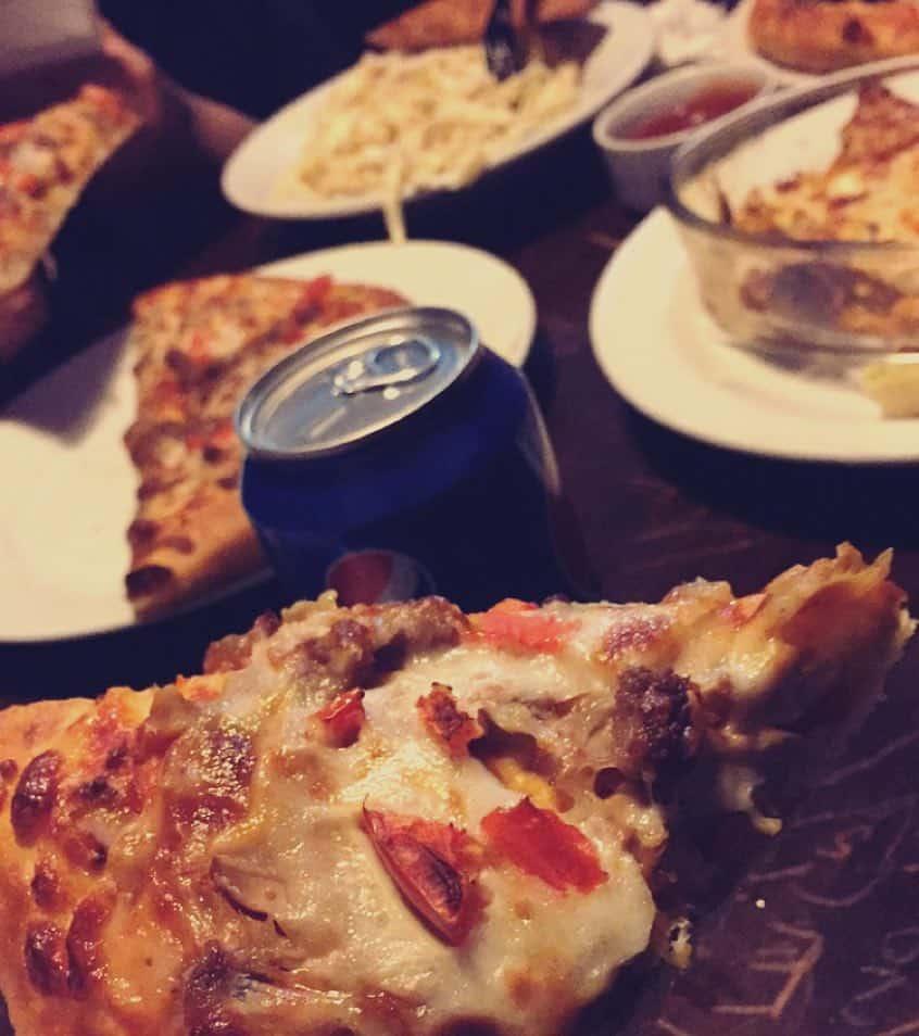 مطعم شاورمتي علي الجمر في تبوك