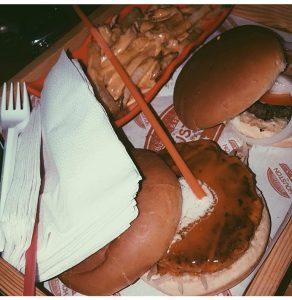 مطعم هيوستن في جازان