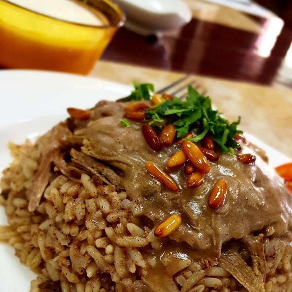 مطعم ومشاوي الخروف الذهبي في تبوك