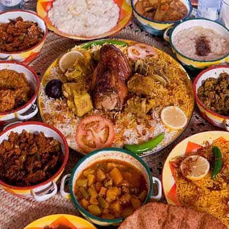 اطباق مطعم القرية النجدية