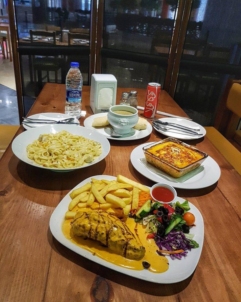 مطعم لاتافولا