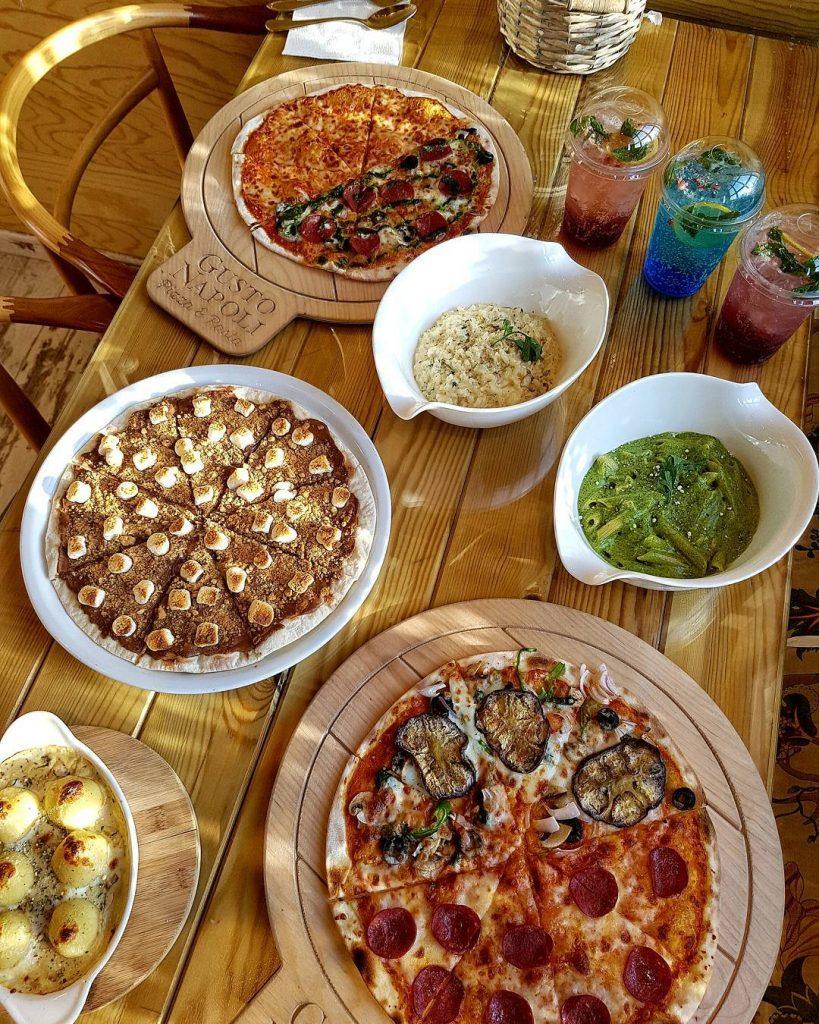 مطعم المذاق النابولي