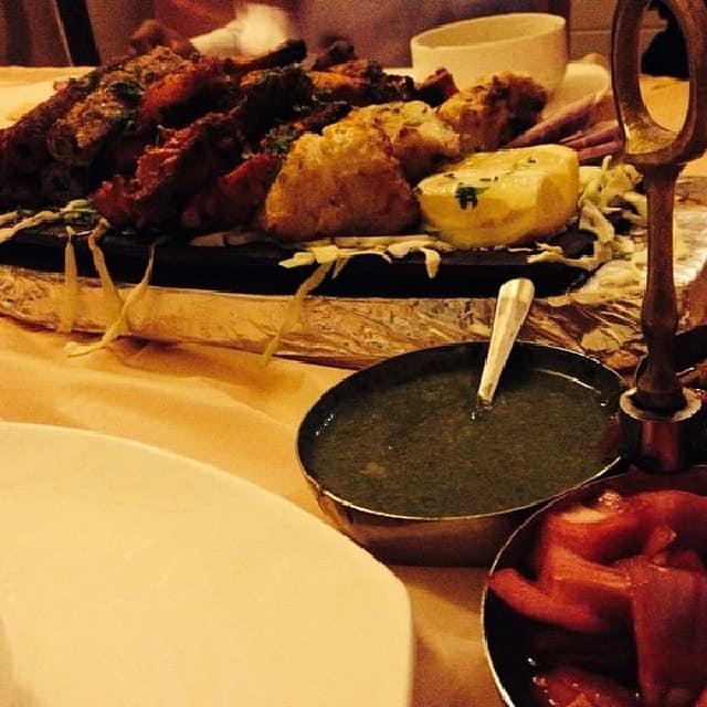 مطعم ريد شيلي فرع المربع