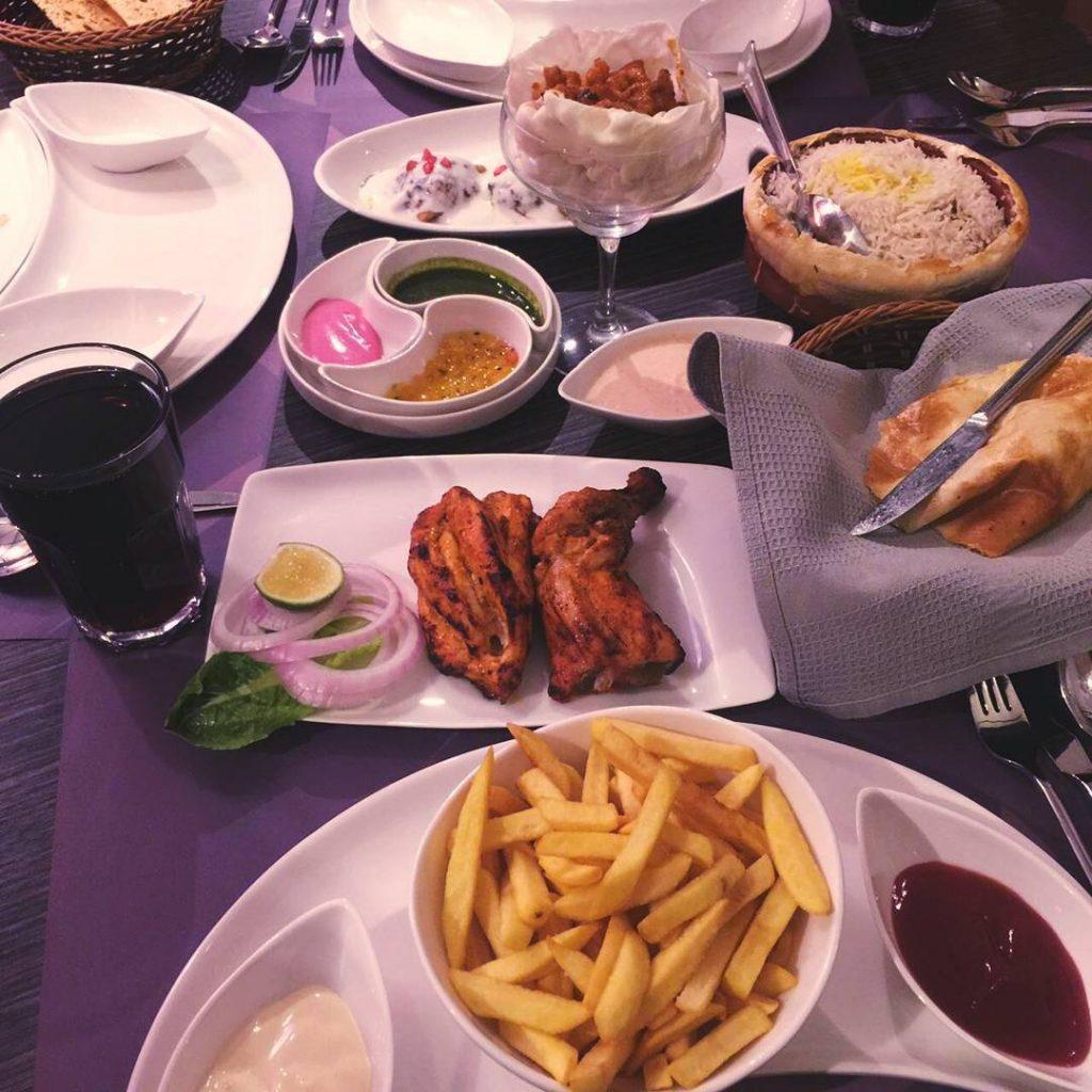 مطعم مذاق دلّي