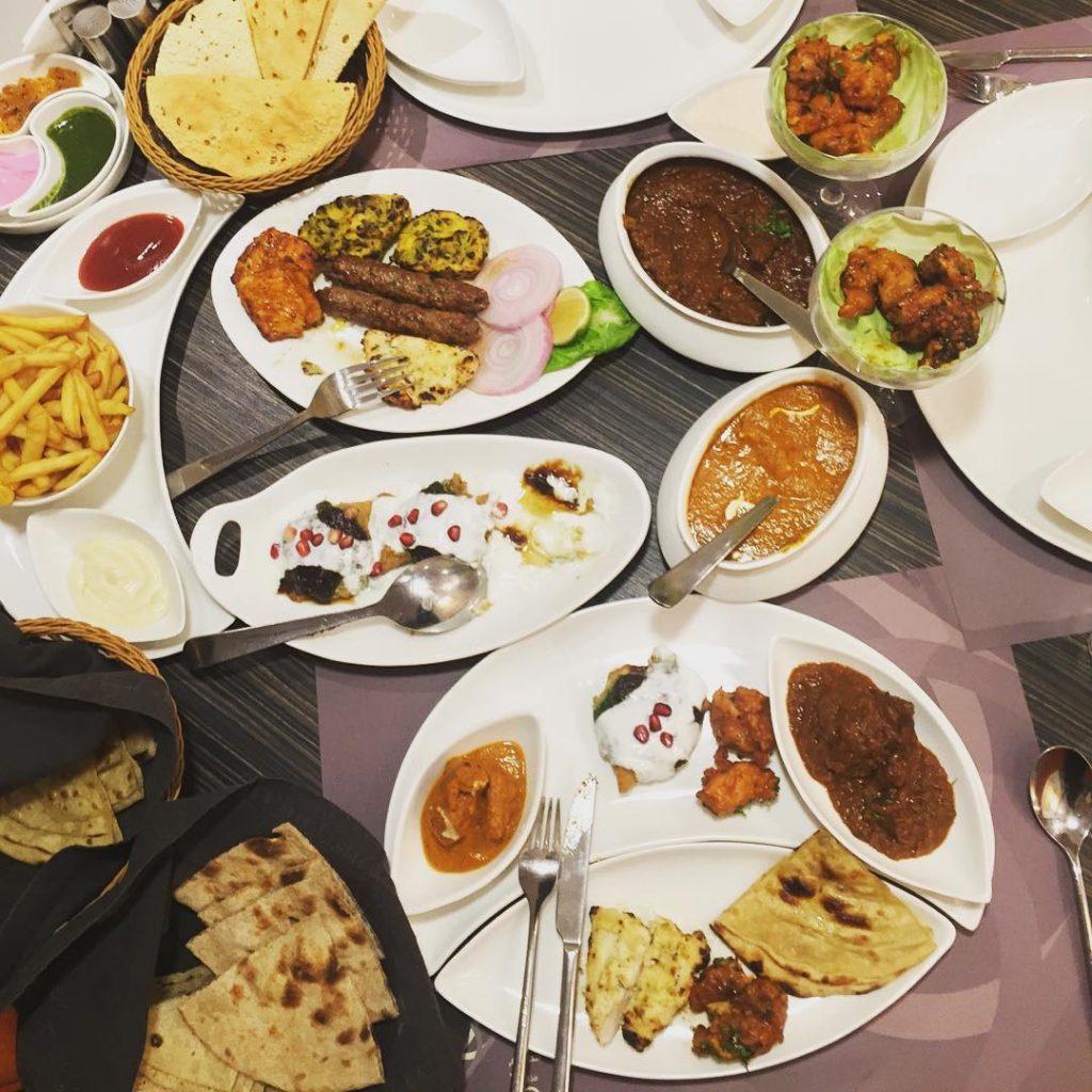 مطعم مذاق دلّي في الرياض