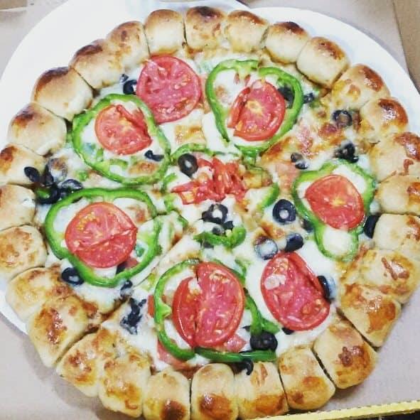 مطعم فطائر وبيتزا ابو هلال