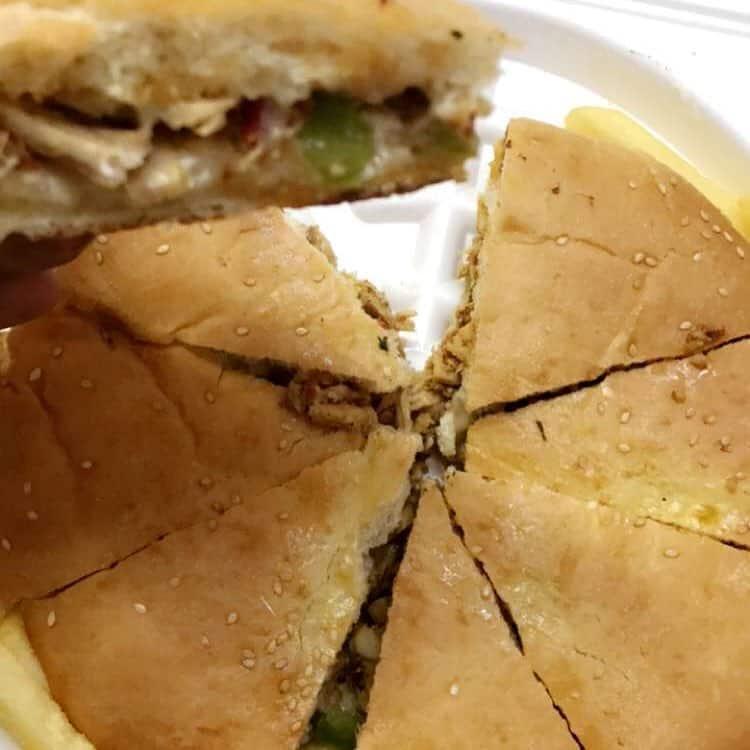 مطعم وعصائر بشكا جود للوجبات السريعة في تبوك