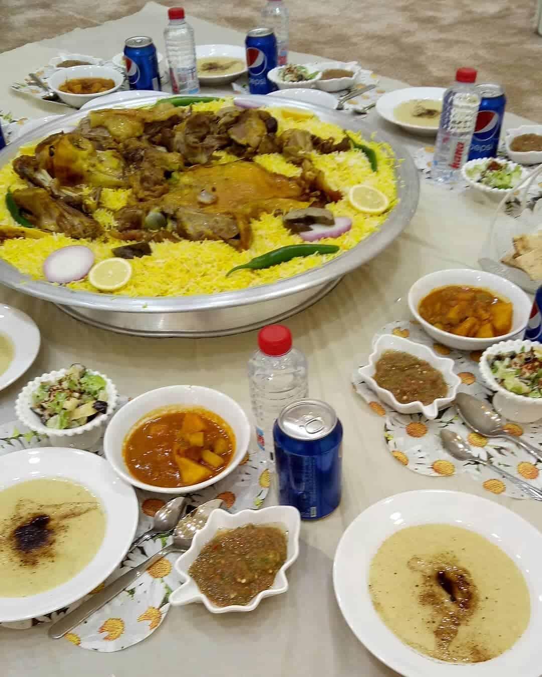 مطعم الحنون بأيدي سعوديات في الخرج