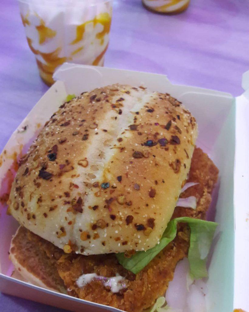 ماكدونالدز فرع 3