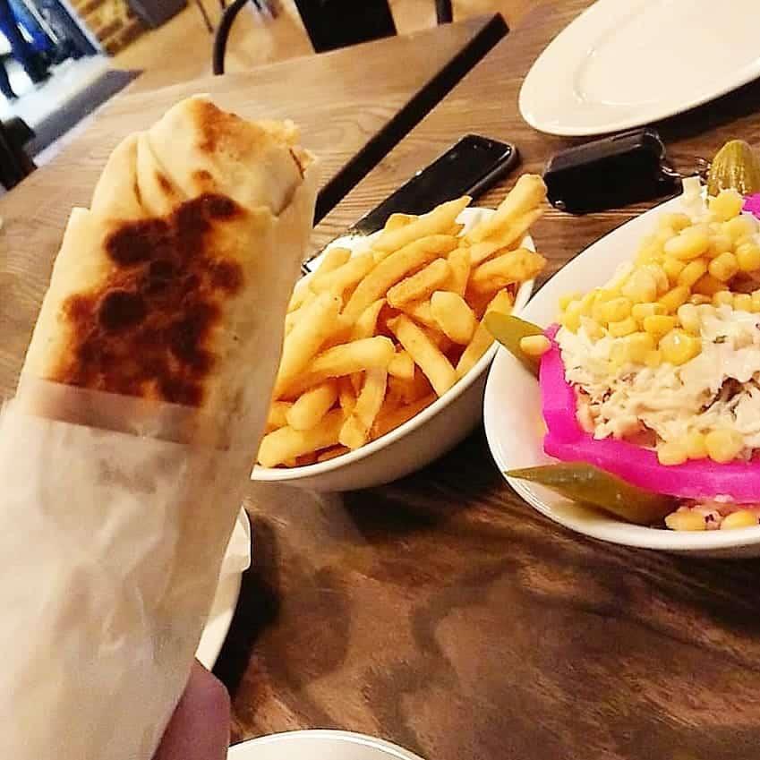 مطعم شاورما ابو عصام في جازان