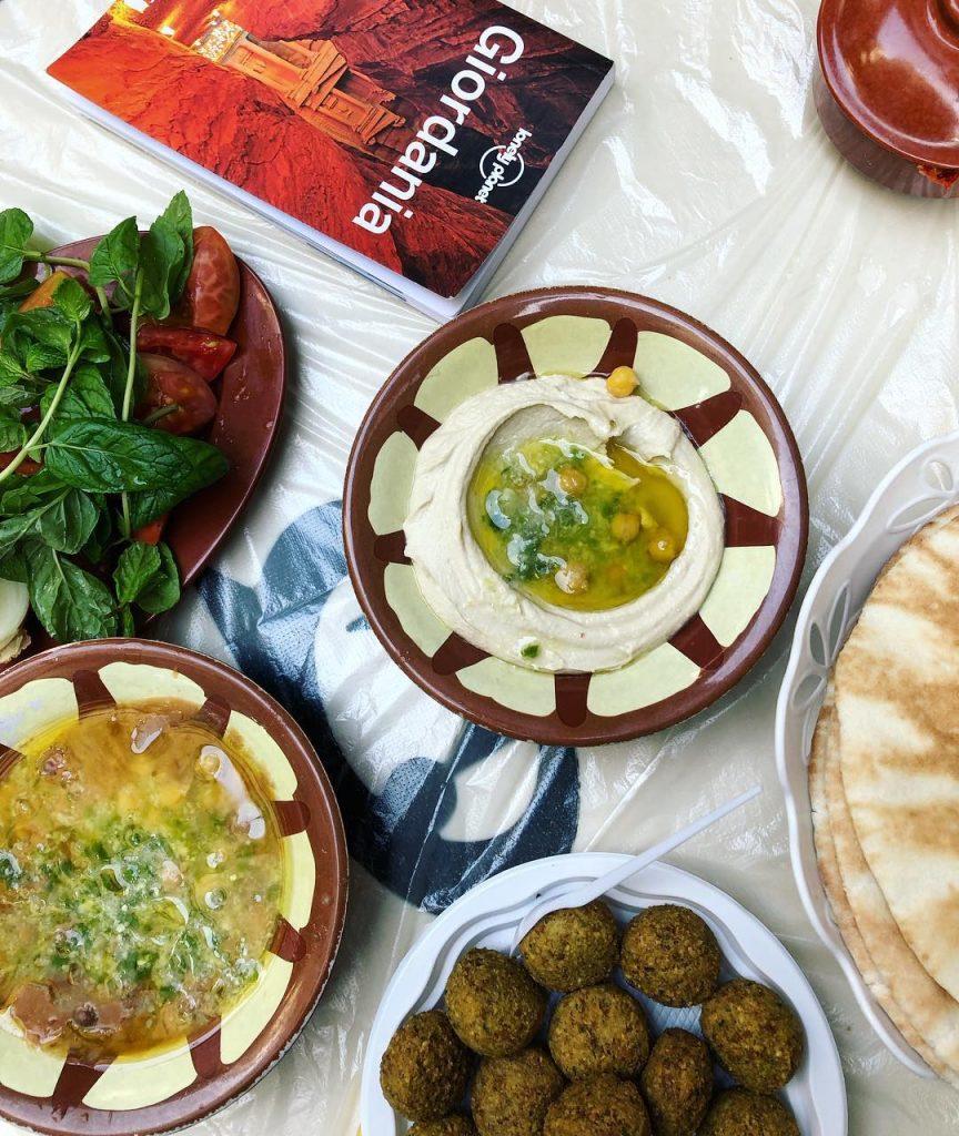 مطعم هاشم فرع الملك عبدالله في تبوك