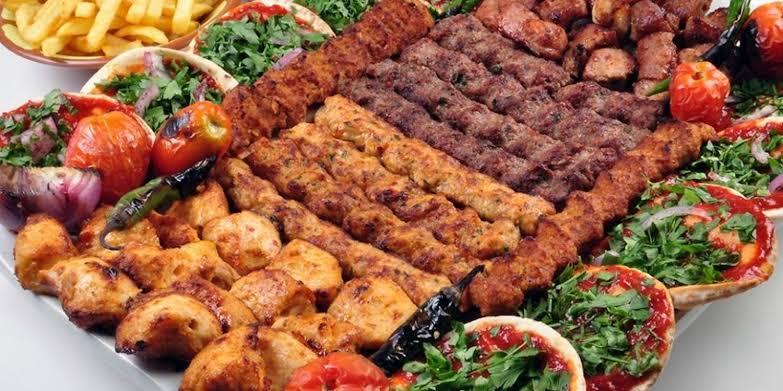 اطباق مطعم قرية المشويات العراقية