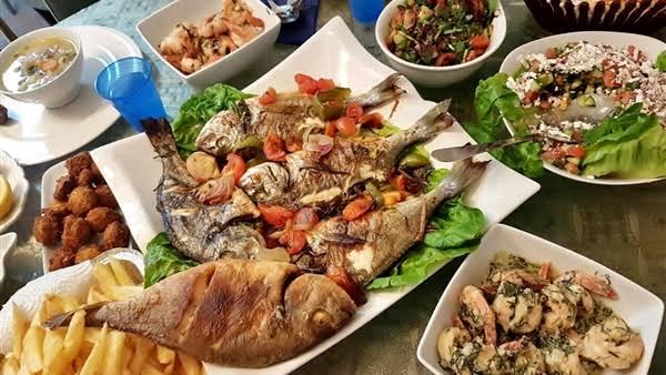 اطباق مطعم أسماك المختار