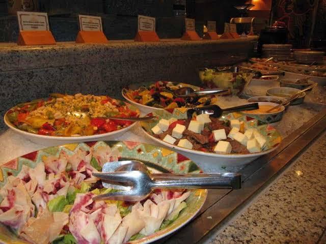 اطباق مطعم إل تيرازو