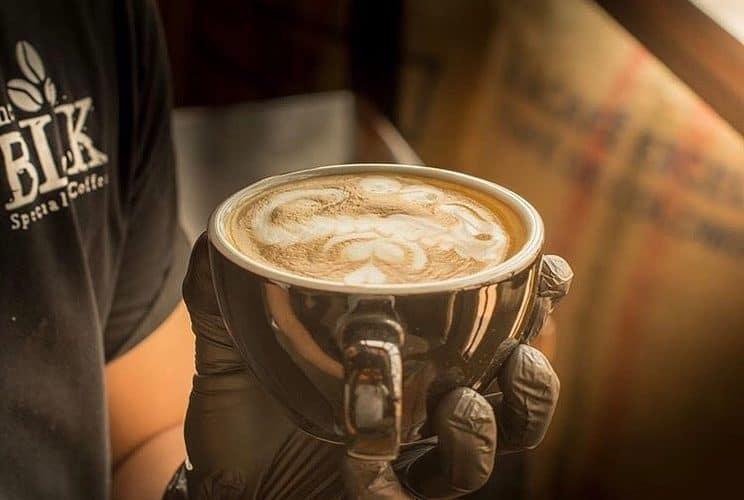 منيو مقهي محامص القهوة BLK التخصصية